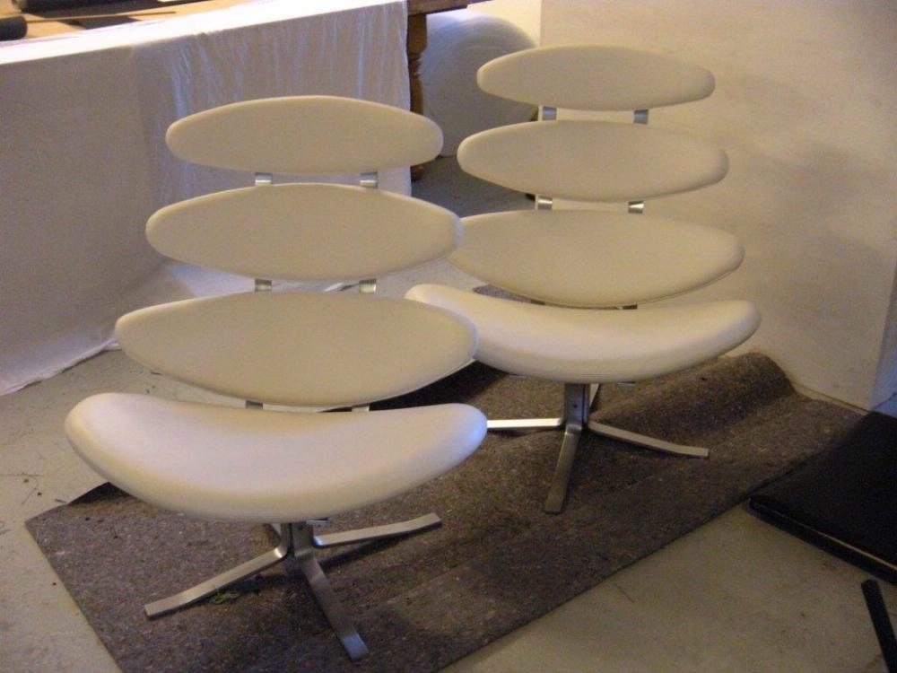 ombetrækning af corona læder stol