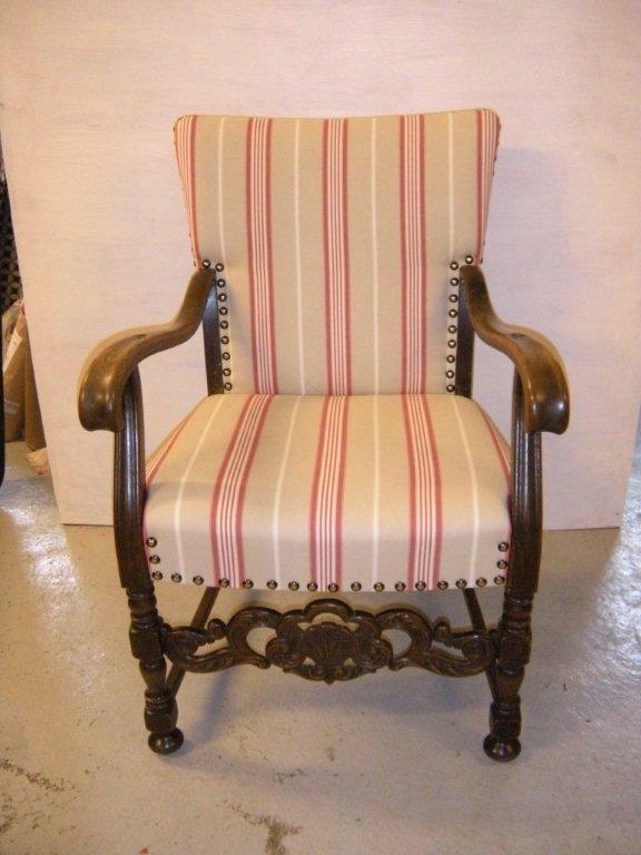 renovering af gamle antik møbler