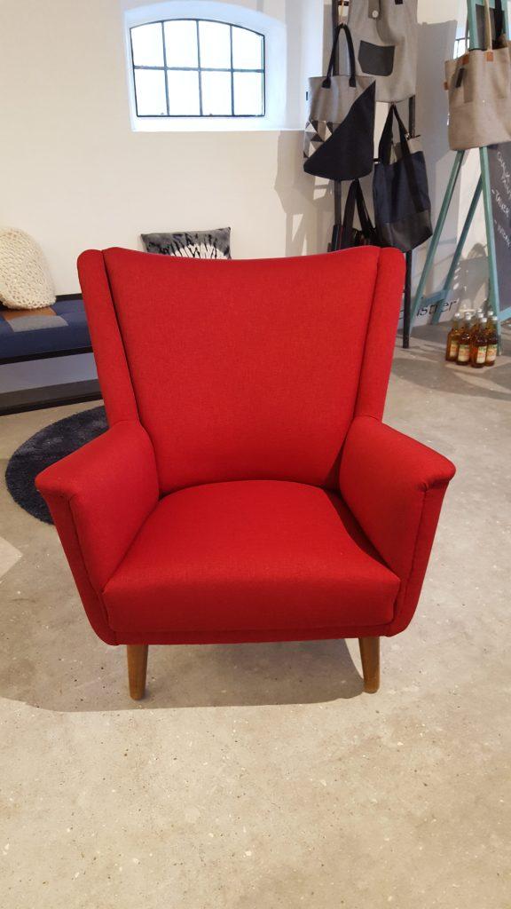 Ompolstret-lænestol-rød