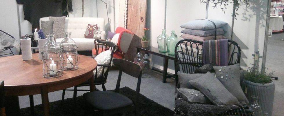 Sofa slider