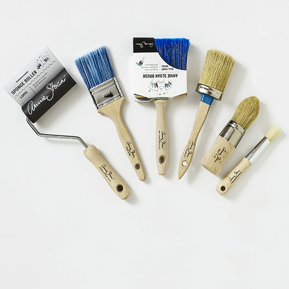 Annie-Sloan-Chalk-Paint-Roller-and-Brush